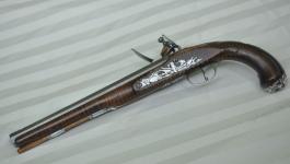 silver-mounted-nazereth-pistol-1